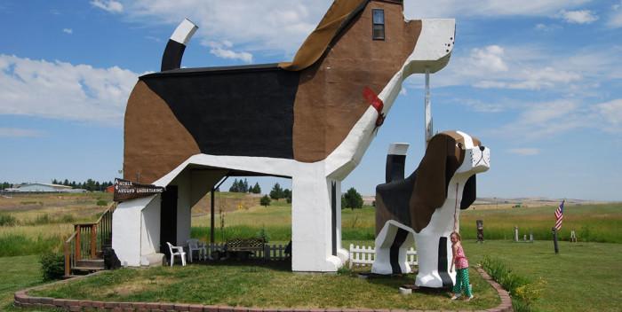 The Dog Bark Park Inn, a bed and breakfast in Idaho