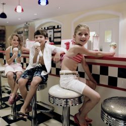 Scoops and Slices serves ice cream and pizza in a diner-style restaurant