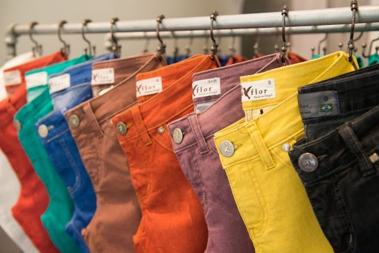 Beija Flor jeans in several colors