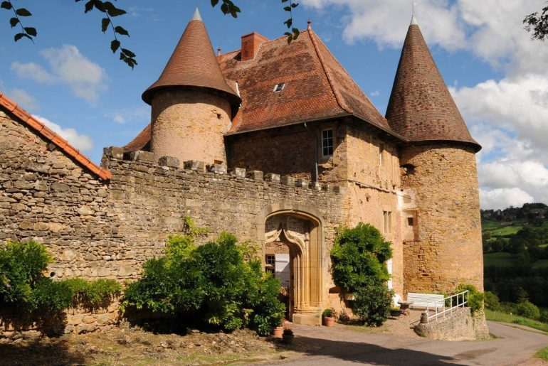 Airbnb South Burgundy