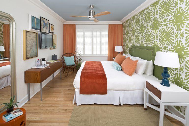 guest room, Circa 39