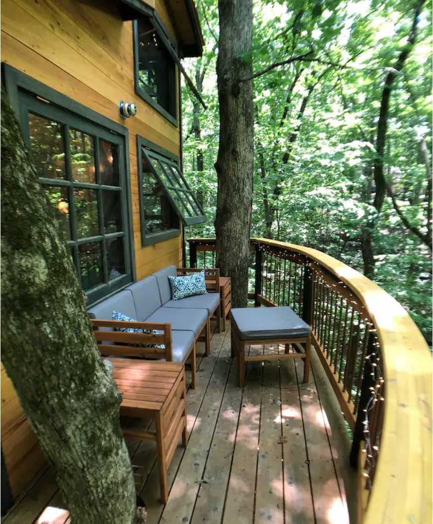 Deck of Owl Oak Treehouse in Duluth, Georgia