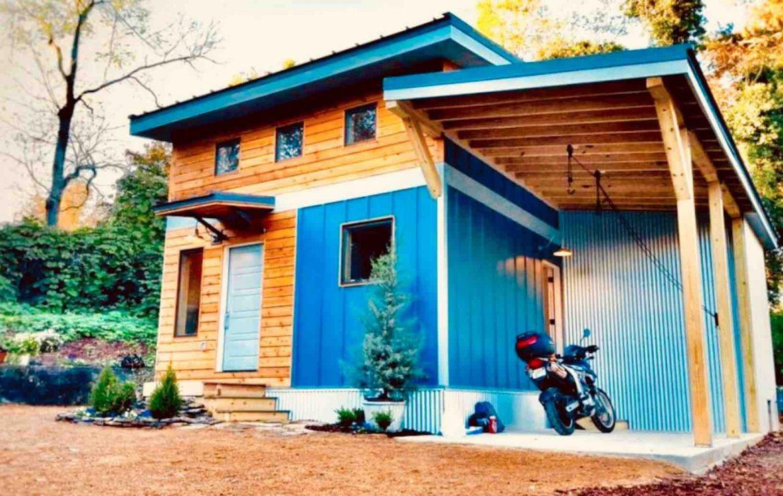 Eco friendly tiny house