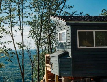 Shangri-Little Tiny Home