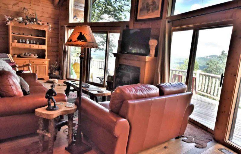 Soaring Hawk cabin rental in North Georgia