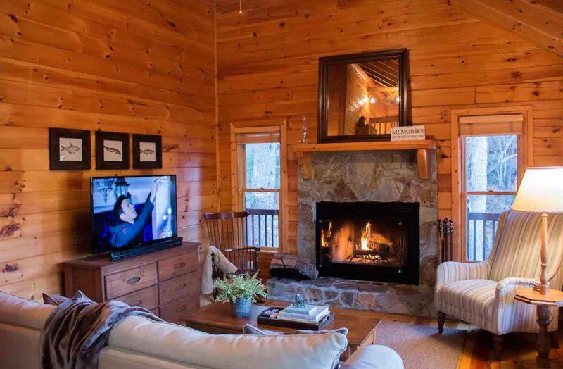 Lake Hideaway, North Georgia cabin rental