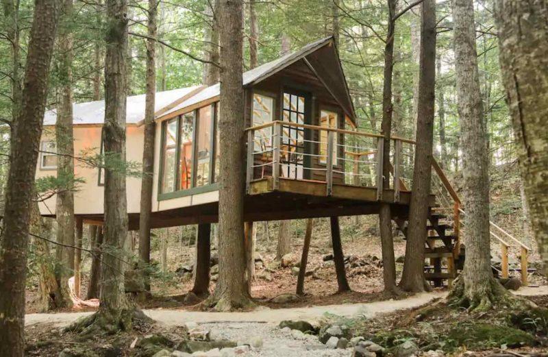 Hemlock Hideout treehouse