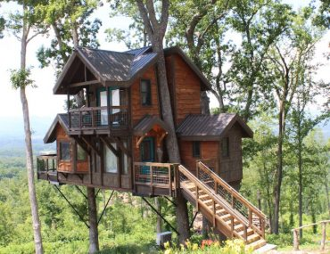 sanctuary treehouse in asheville north carolina